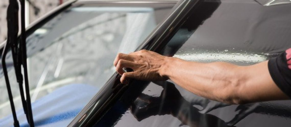 THE COMMON MISTAKES PEOPLE MAKE WHEN OBTAINING THEIR HOME WINDOWS TINTED